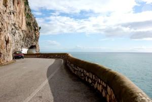 rthe amalfi coast road
